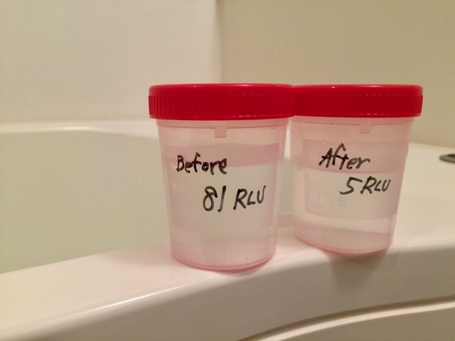 採取したお湯を比較します